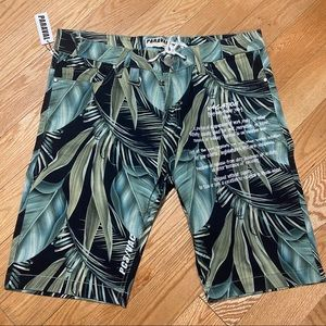 Other - NWT Floral Shorts